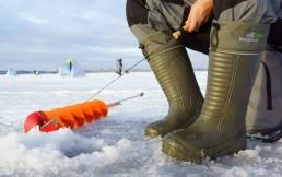 В чем особенность зимних ботинок для рыбалки?