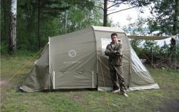 Купить туристическую палатку: лучше с тамбуром или без?