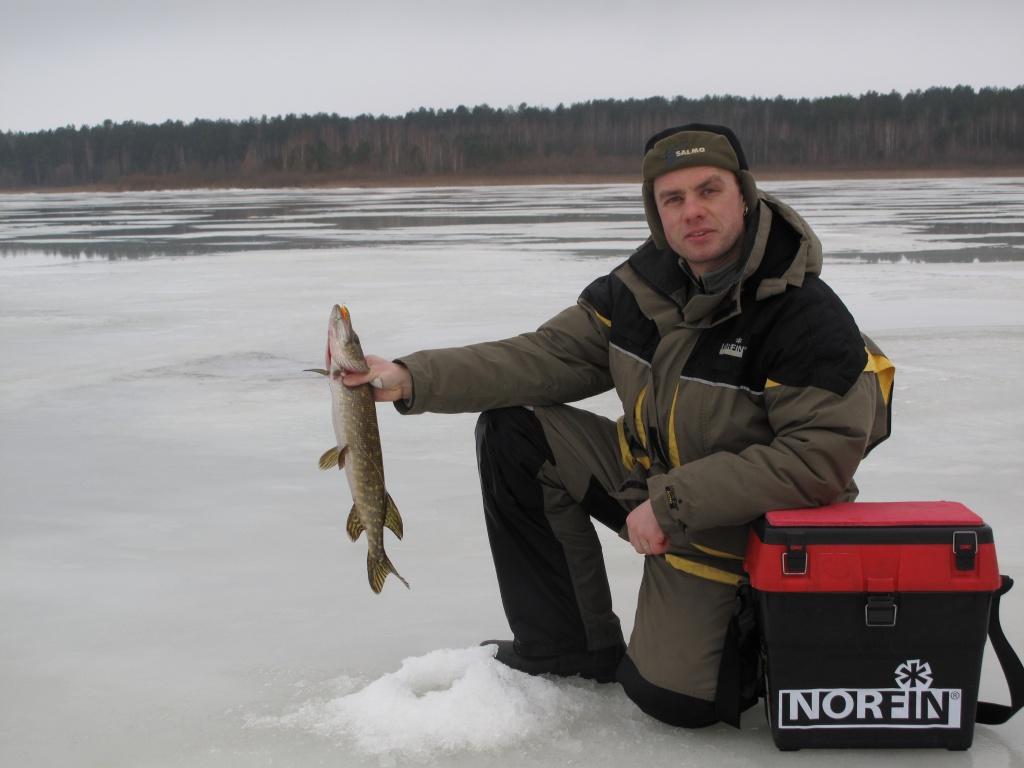 Зимний костюм для рыбалки Norfin